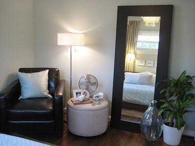Peque os elementos decorativos para tu dormitorio for Espejos de pie para habitacion