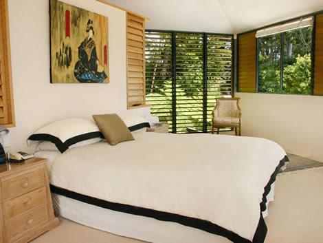 dormitorio decorado con feng-shui