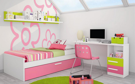 dormitorio juvenil con estanteria