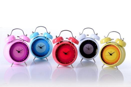 apagar el despertador y dormir 5 minutos más