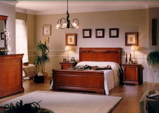 Dormitorio clásico lleno de vida y luz
