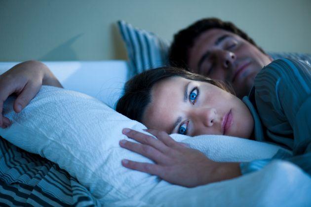Por-que-es-necesario-dormir-a-oscuras