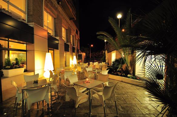 terraza-hotel-maya