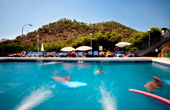 piscina-hotel-maya