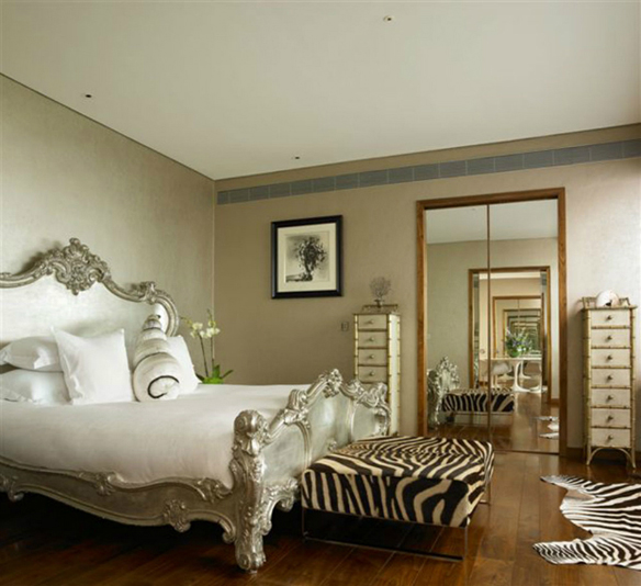 animal-print-bedroom