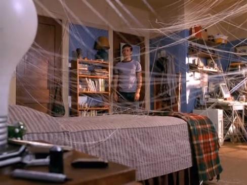 Dormitorio de Peter Parker