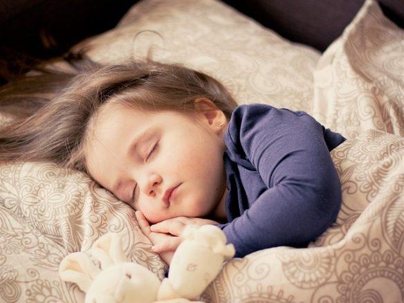 Dormir la siesta rejuvenece