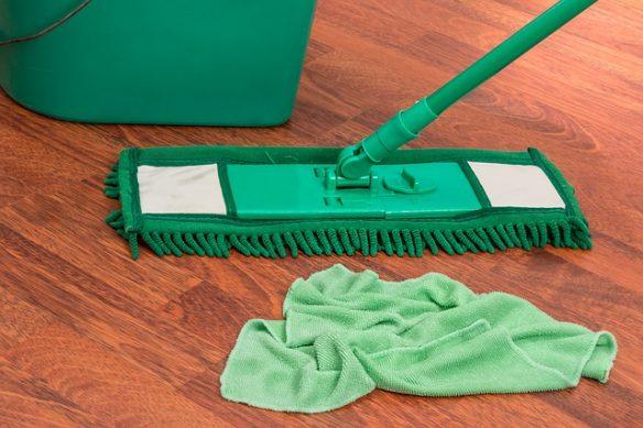 Limpiar debajo de la cama. Fuente: www.pixabay.com