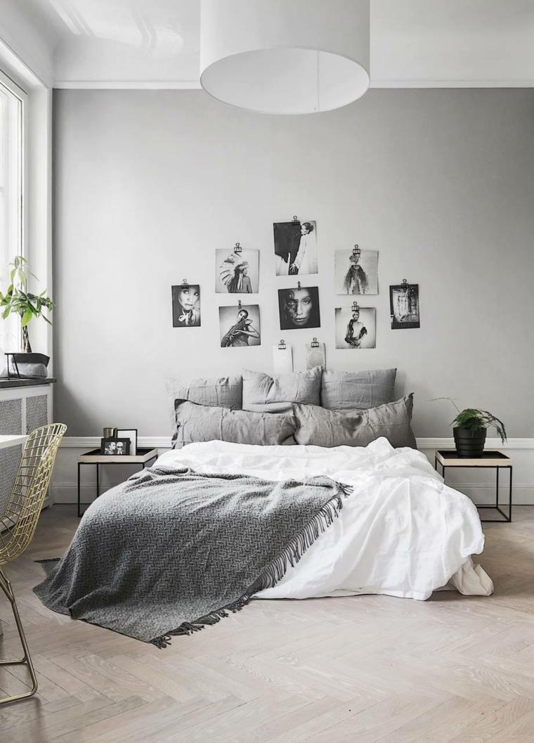 Decoración con cojines encima de la cama