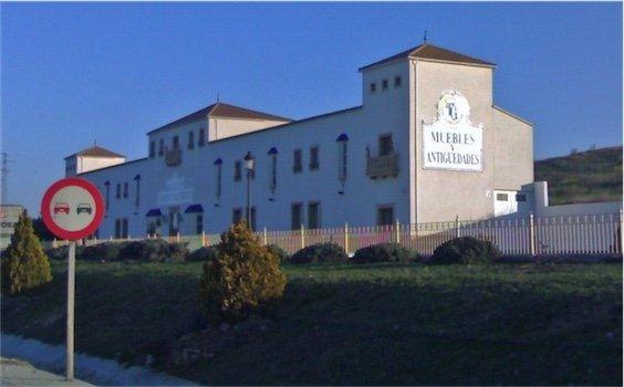 Fachada torres-gutierrez-lucena-ctra-cordoba