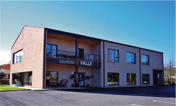 Fachada tienda-muebles-valle-villaviciosa-asturias
